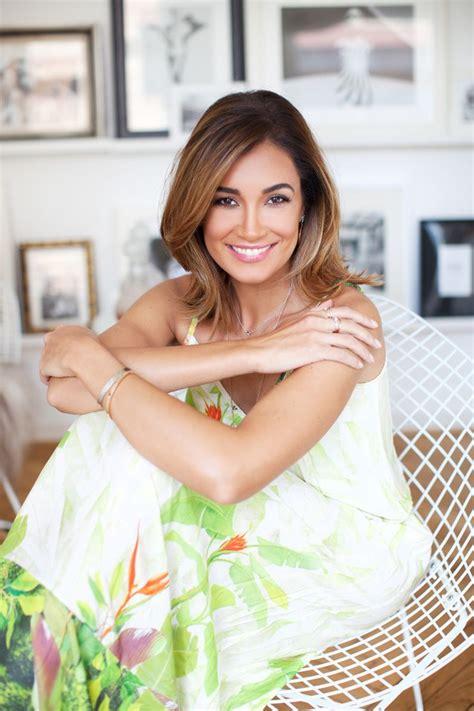 Sowohl jana ina zarrella (44) als auch sarah richmond (23) sagen shows für. 234 best Photos I Took images on Pinterest | Beauty portrait, Amanda and Hair styles