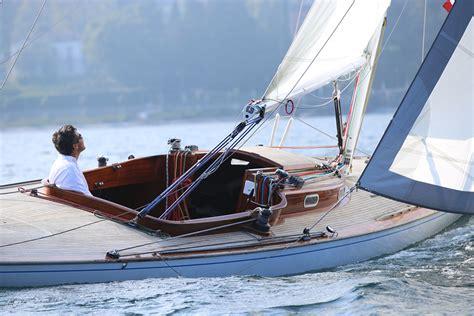Fast Boat Bellagio To Como by Dama Di Bellagio Bellagio Sailing