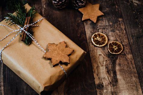 Kur un kā meklēt piemērotas Ziemassvētku dāvanas saviem ...