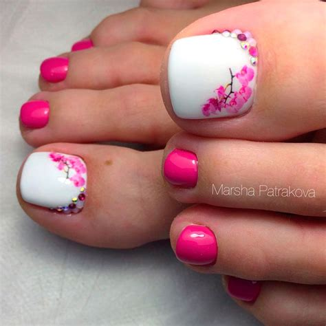 toe nail designs beautiful toe nail ideas to try naildesignsjournal