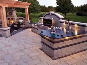 Outdoor Kitchen Selber Bauen : grillplatz im garten selber bauen anleitung und tipps ~ Lizthompson.info Haus und Dekorationen