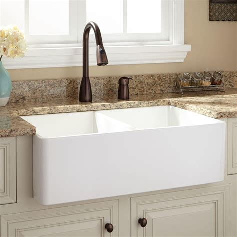 Home Depot Fireclay Farmhouse Sink by 25 Best Ideas About Fireclay Farmhouse Sink On