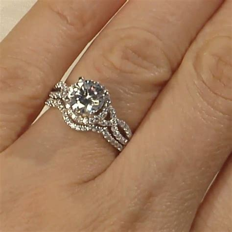 love that the engagement ring and wedding band fit