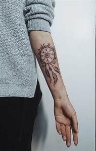 Tattoo Traumfänger Bedeutung : massen tattoomotive von feder ber traumf nger bis new traumfanger tattoo unterarm pixie ~ Frokenaadalensverden.com Haus und Dekorationen