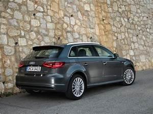 Audi A3 Sportback 2012 : audi a3 sportback 1 4 tfsi 2012 essai audi a3 sportback 1 4 tfsi 2012 challenges ~ Medecine-chirurgie-esthetiques.com Avis de Voitures