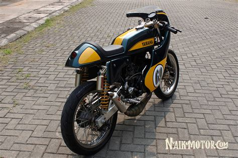 Modif Rx King Cafe Racer by Modifikasi Yamaha Rx King Cafe Racer Buat Ikutan Race