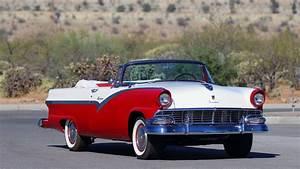 1956 Ford Fairlane Sunliner