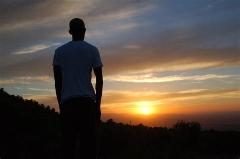 fotos gratis hombre horizonte silueta persona nube