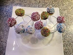 Cake Pops Rezept Ohne Maker : schnelle cake pops ohne backen nachtisch backen cake pops ohne backen und kuchen ~ Orissabook.com Haus und Dekorationen