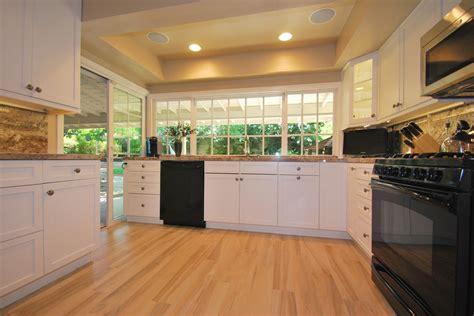 kitchen tile that looks like wood tile flooring that looks like wood bathroom traditional 9605