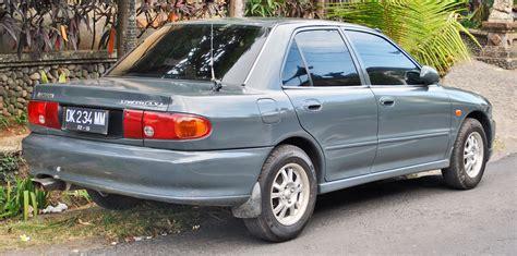 Mitsubishi Lancer Wiki by Fichier Mitsubishi Lancer Glxi Rear Denpasar Jpg