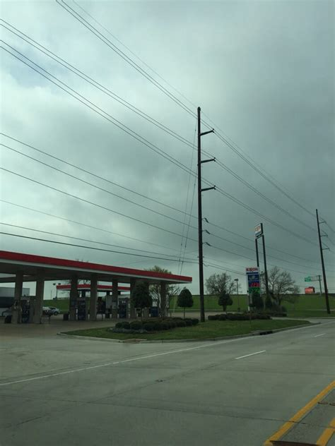 exxon tiger mart gas stations  industrial dr