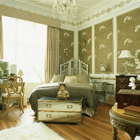 Vintage Style Bedroom by Vintage Style Bedroom 2017 Grasscloth Wallpaper