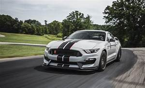 Ford Mustang Shelby GT350R 2017 Price in Pakistan, Review, Features & Images