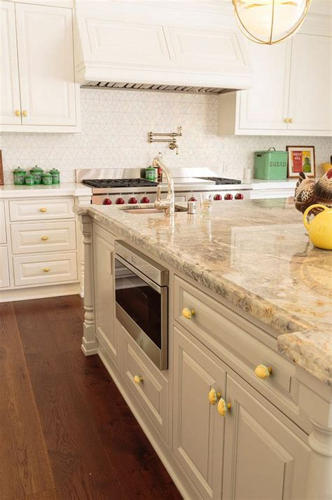 25+ Best Ideas About Quartz Kitchen Countertops On