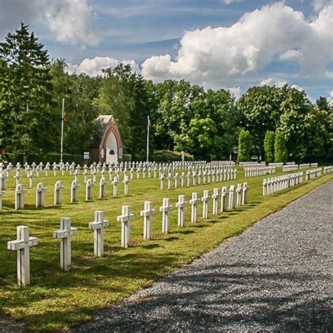chambres d hotes bruxelles cimetière militaire de la motte à aiseau presles