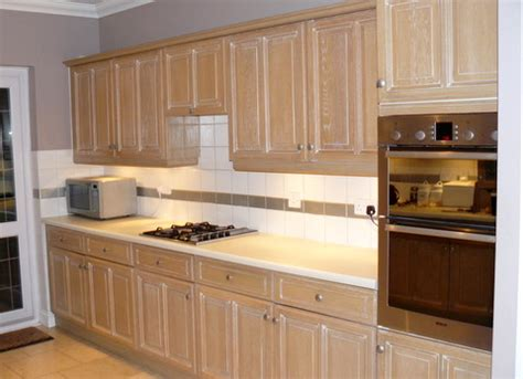 limed oak kitchen cabinet doors approx 9yrs solid limed oak kitchen worktops and 9038