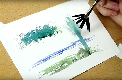 4 clever watercolor techniques using a fan brush