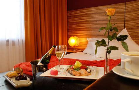 Zu Zweit Im Bett by Suite Berlin Hotelzimmer Mit Whirlpool Und Sauna