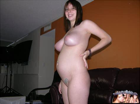 zoe rae schwanger amateur nude girl