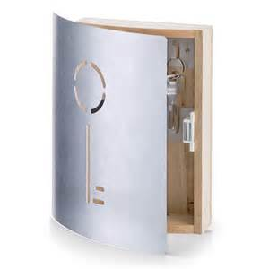 Armoire Cles Design by Top 5 Sleek And Modern Key Cabinets Or Key Boxes