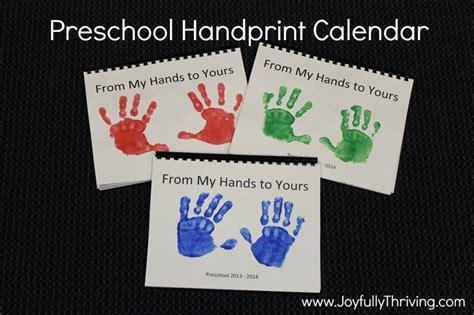 best preschool christmas gifts best 25 handprint calendar preschool ideas on calendar ideas for to make