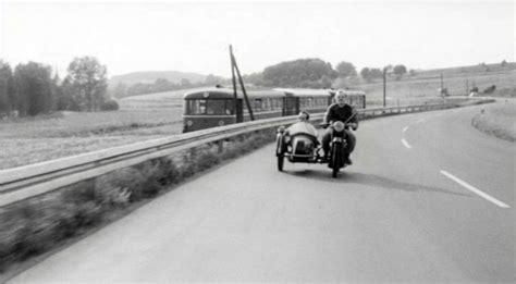 Architektur Im Laufe Der Zeit by Imcdb Org Quot Im Lauf Der Zeit 1976 Quot Cars Bikes Trucks