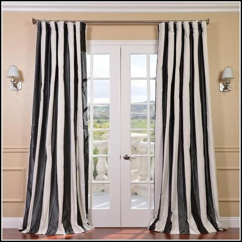 black and white toile curtains black and white french toile curtains curtains home design ideas 0r6lp5v6p431910