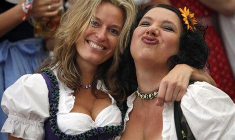 Sieviešu krūtis kļūst lielākas un lielākas - Ģimene ...
