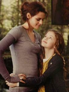 44 best Bella and Renesmee images on Pinterest