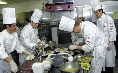 ots de cuisine neue schweizer kochnationalmannschaft medienmitteilung schweizer kochverband