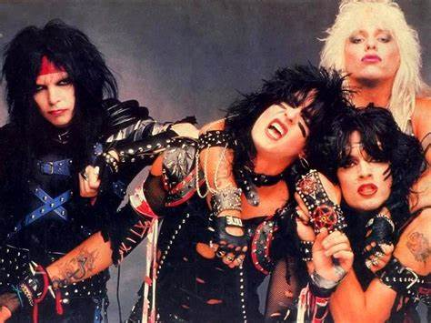In The Hubby Roommotley Crue