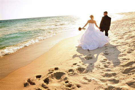 unique wedding dress ideas easy wedding checklist ideas