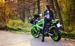 Sportbike Girl Wallpaper on MarkInternational.info