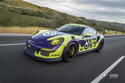 porsche gt3 rs wrap hippie porsche 911 gt3 rs wrap mixes ultraviolet blue with