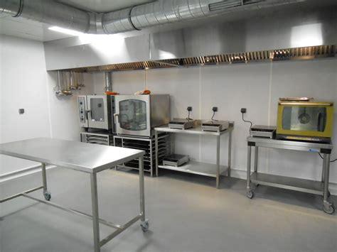 cloison cuisine professionnelle un laboratoire flambant neuf à partager concept innovant
