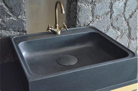 evier en cuisine 70 x 60cm 201 vier de cuisine en granit noir v 233 ritable