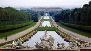 Reggia di Caserta: storia e curiosità sulla Versailles