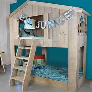 Cabane Enfant Chambre : le lit cabane warchild un must have pour votre enfant ~ Teatrodelosmanantiales.com Idées de Décoration