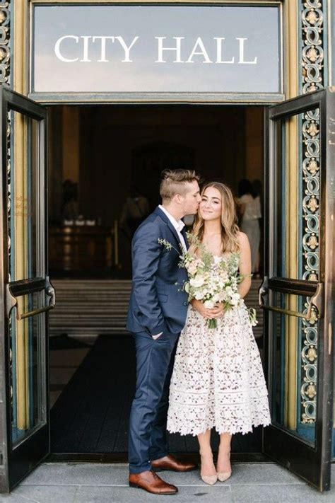 How to have a beautiful registry office wedding