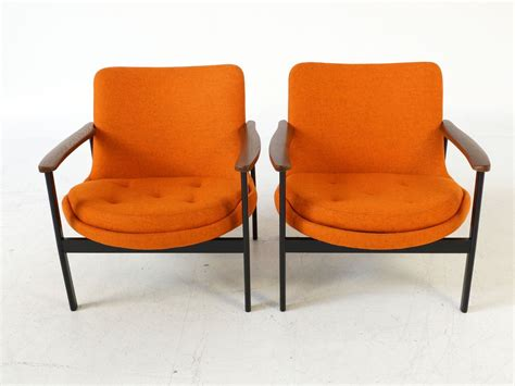 Orange Mid-century Armchairs, 1950s, Set Of 2 For Sale At