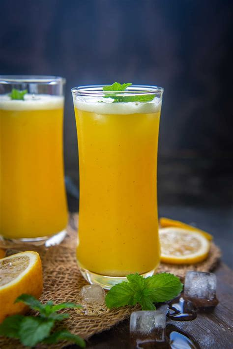 juice pineapple glass fresh benefits recipe whiskaffair watermelon ginger step mango some recipes homemade