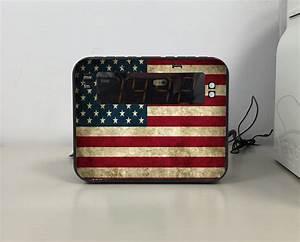 Radio Reveil Vintage : radio r veil drapeaux vintage ~ Teatrodelosmanantiales.com Idées de Décoration