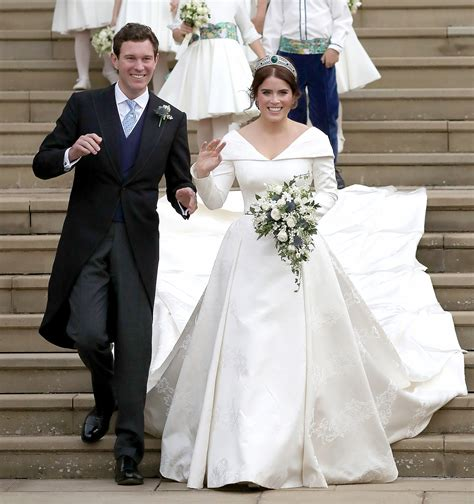 Meghan Markle & Prince Harry's Sneaky PDA at Princess Eugenie's Royal Wedding
