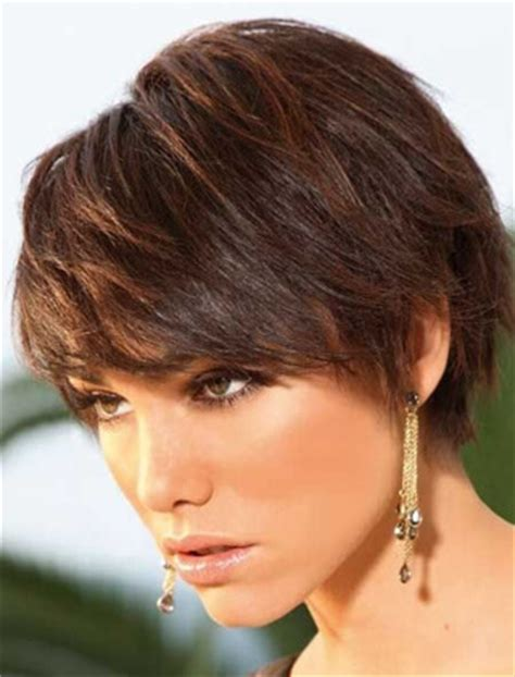 krotkie fryzury  cienkich wlosow czesc  modne fryzury   dla kazdego