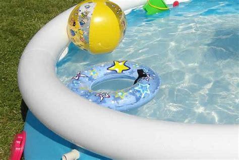 entretien eau piscine gonflable conserver l eau d une piscine gonflable propre
