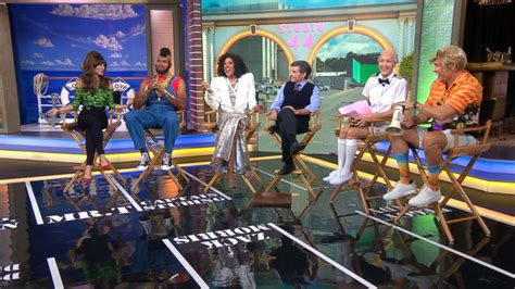'GMA' anchors celebrate Halloween with 80s-themed costumes ...