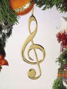 tree decorations musical instruments decorating