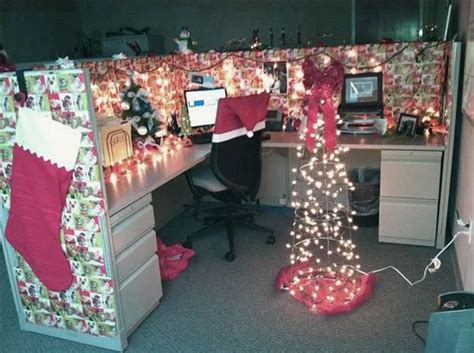 best and worst christmas office decorations 19 of the best and worst office decorations you ve seen
