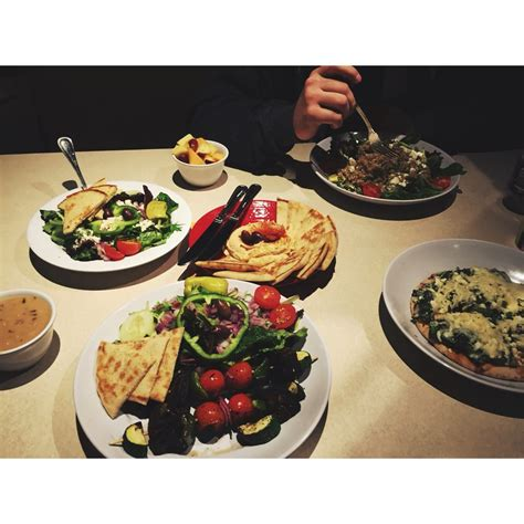zoes kitchen order food     reviews
